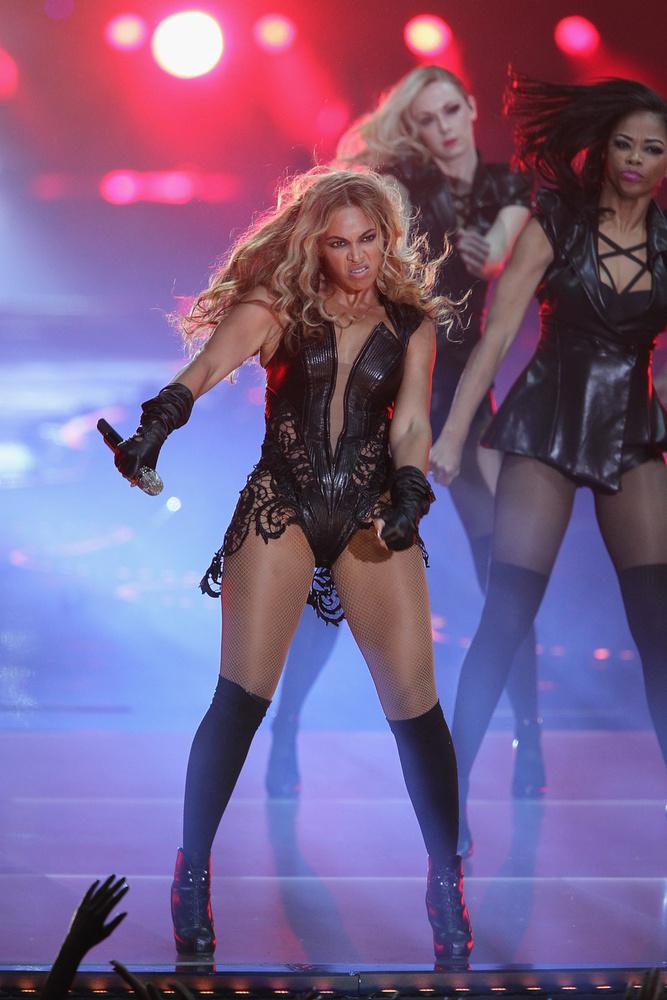 Annak idején Beyoncé megpróbálta eltávolítani a ciki fotókat, de ez nem így megy
