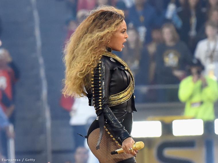 Mikor bejelentették, hogy ismét Beyoncé lesz az egyik fellépő a Super Bowl félidei show-jában, már tudtuk, hogy érdemes lesz a fotókra várni.