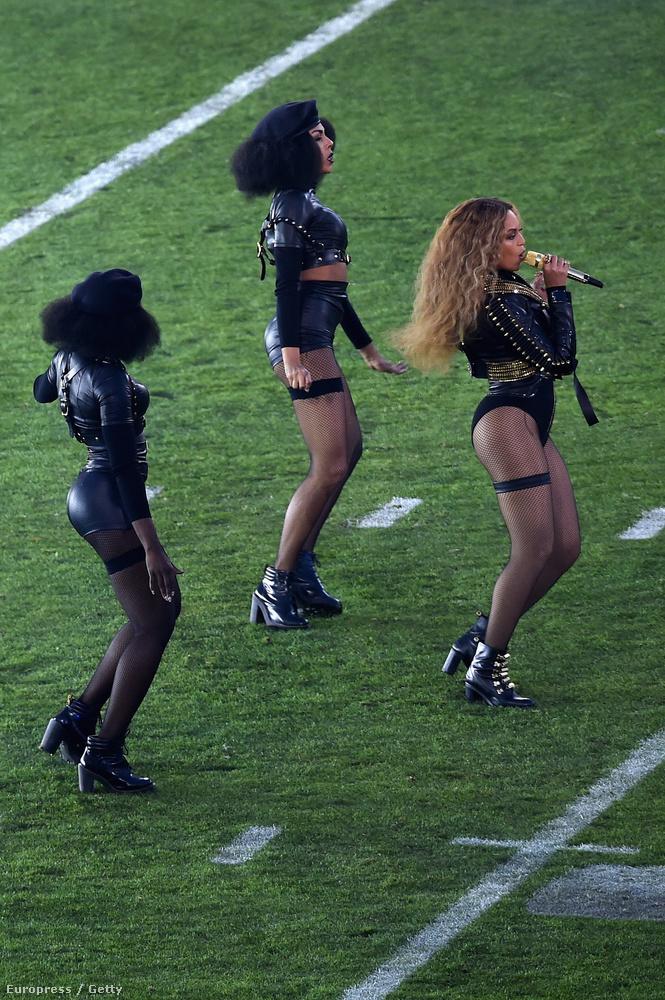 Hanem a Beyoncé mögötti lányokra