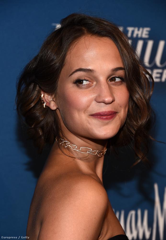 Aznap este a Hollywood Reporter is tartott egy bulit a jelöltek tiszteletére, oda már így ment el