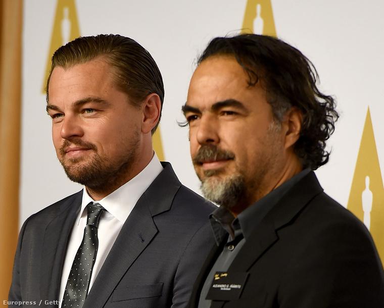 Leonardo DiCaprio elment az Oscar-jelölteknek tartott összejövetelre, ahol az a gyanúnk, hogy lerendezte az Oscar-kérdést