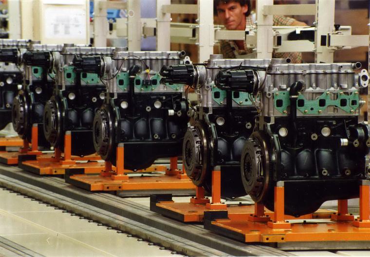 A huszonöt év alatt több mint 8 millió motor és 6 millió hengerfej készült Szentgotthárdon.