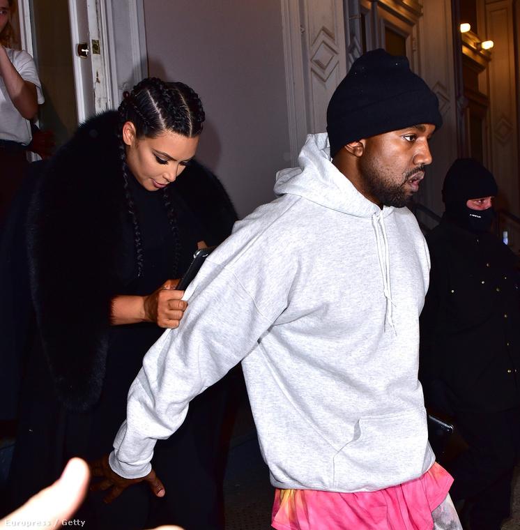 Ez a rózsaszín póló pulóver alá gyűrve is csini...