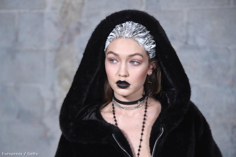 Az nyilván alap, hogy Gigi Hadid volt az egyik modell