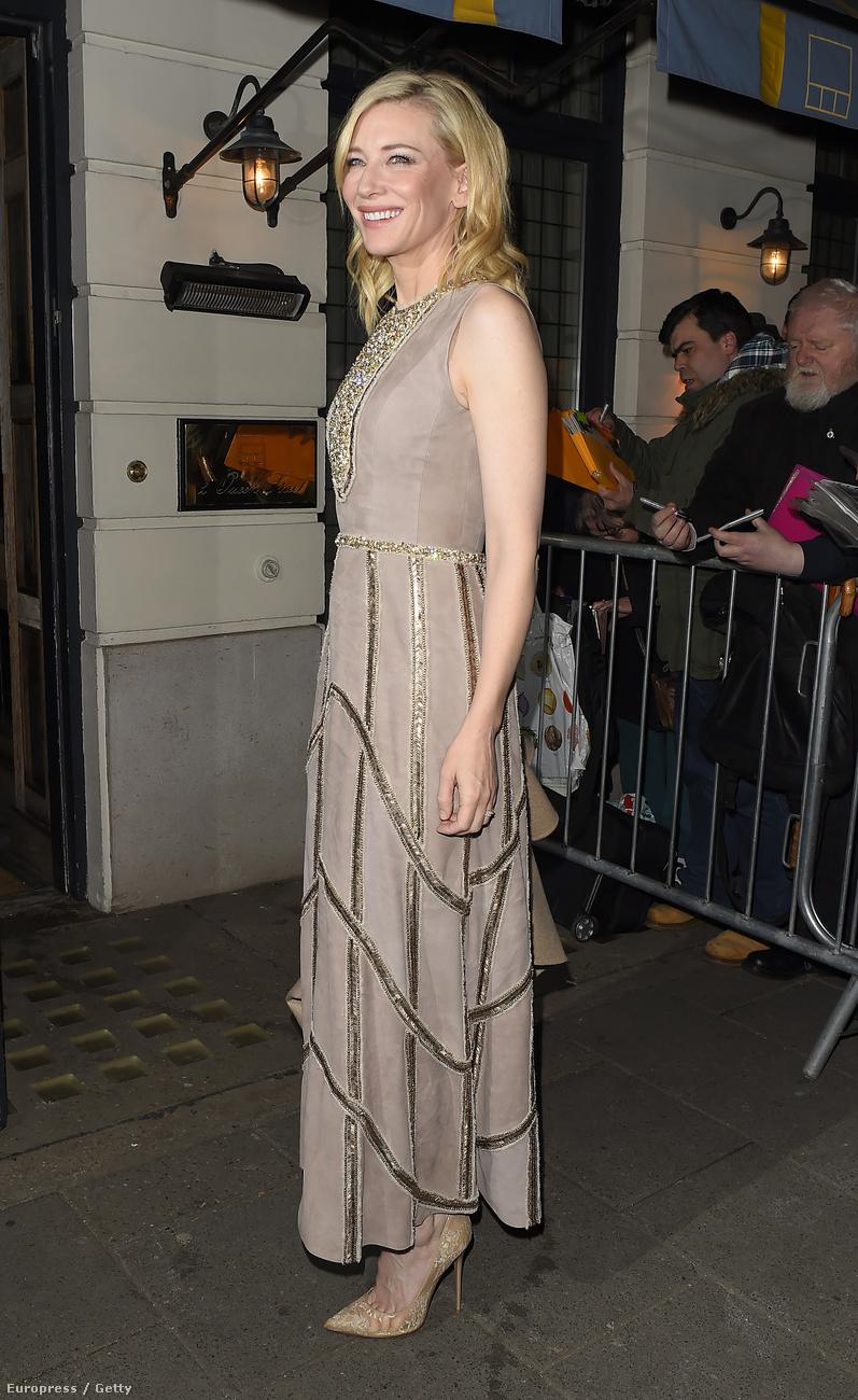 Blanchett hozta a szokásos finom és gyönyörű színvonalát.