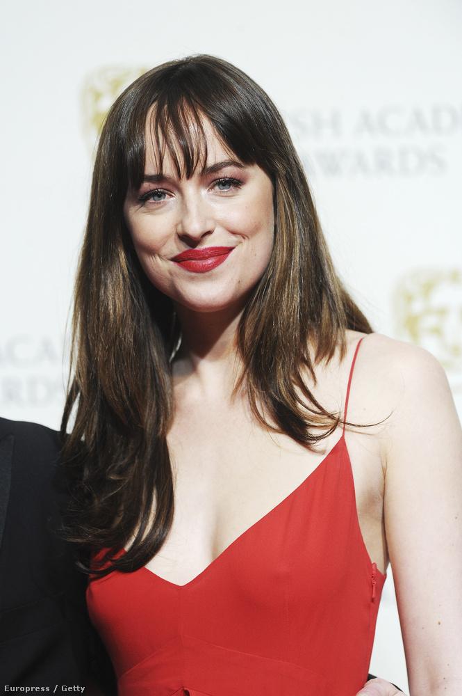 A színésznő a BAFTA-gálán hívta fel magára a figyelmet melltartótlan megjelenésével.