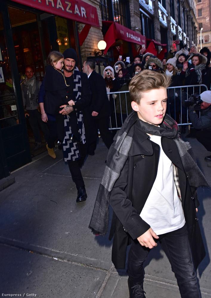 Cruz Beckham 10 éves