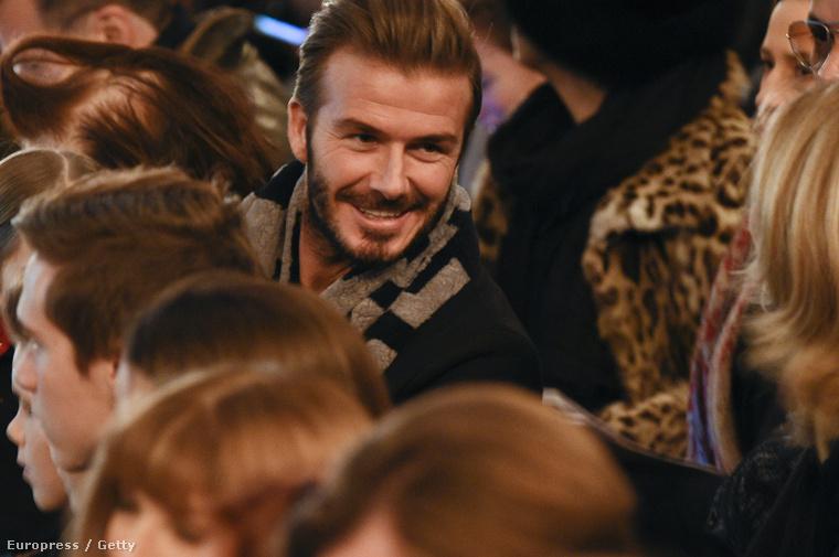 És akkor most nézegesse kicsit a szakállas Beckhamet!