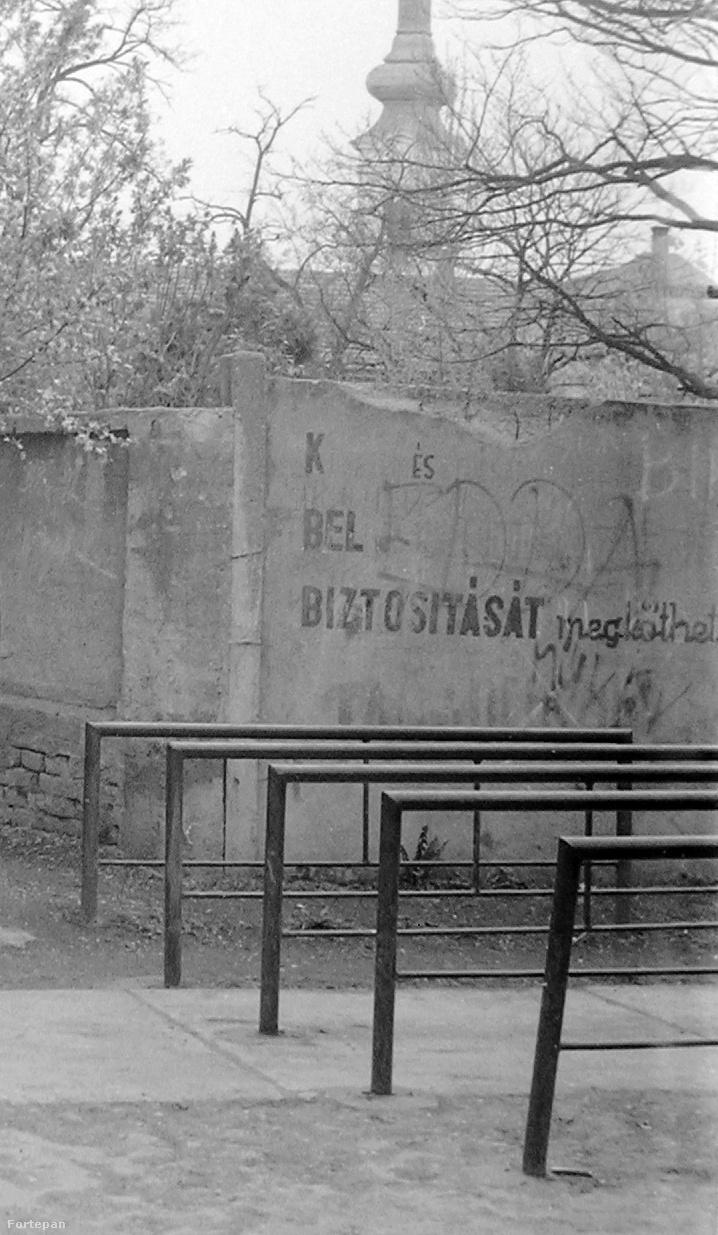 1980-ban már az Edda-rajongók is elkezdtek firkálni