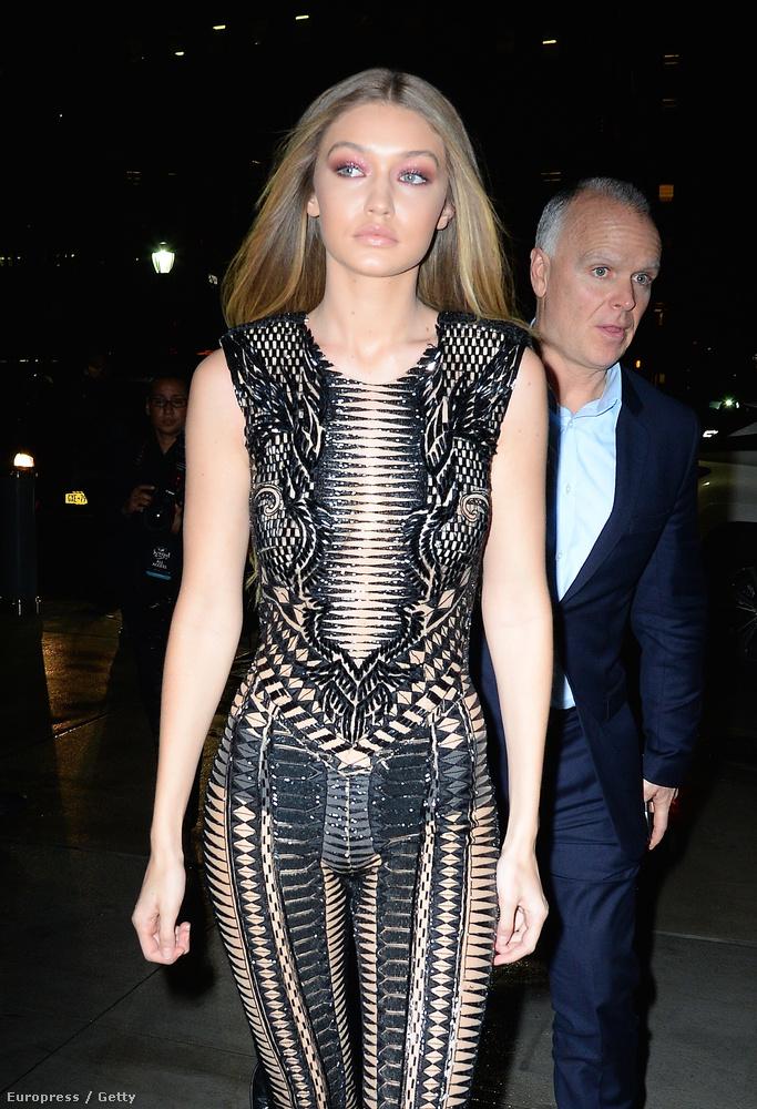 Gigi Hadidon biztos több volt a ruha, mint amennyi látszik.