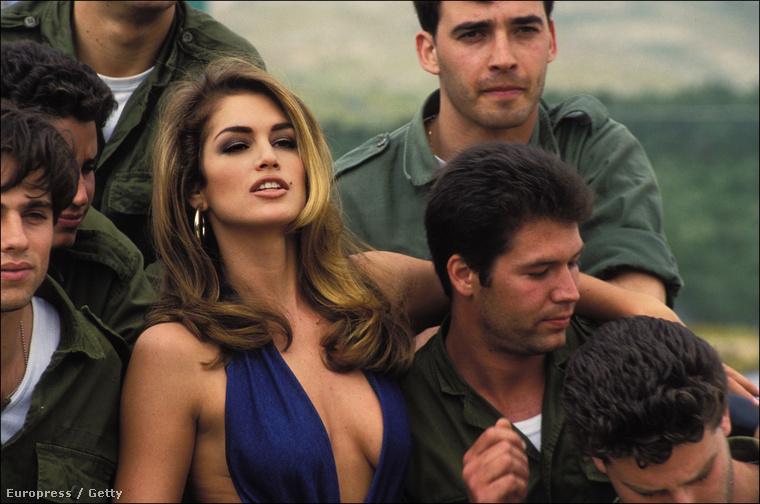 1995-ben szerepelt a Tiszta játszma című filmben, ami annyira pocsékul sikerült, hogy a legrosszabb színésznőnek járó Arany Málna díjra is jelölték