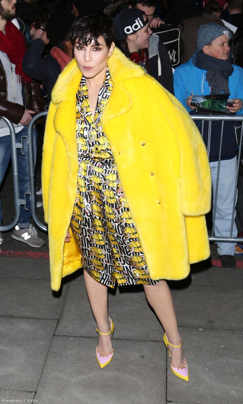 Noomi Rapace-t megeszi Pacman, vagy Rihanna Met-gálás ruhája.