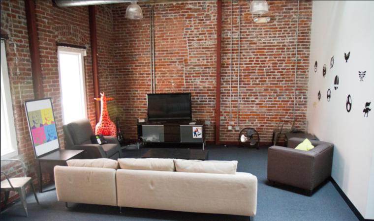 Ebben a szobában videójátékozni lehet
