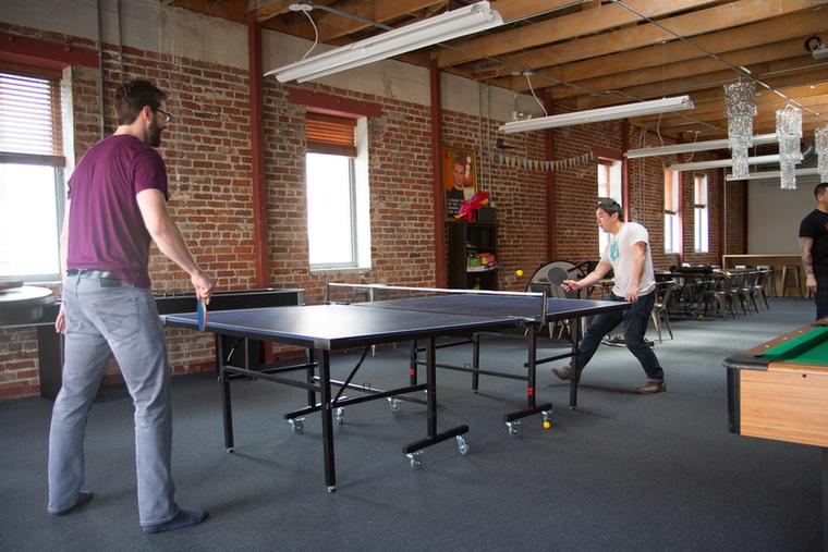 ...de pingpongozni a mi irodánkban is lehet!