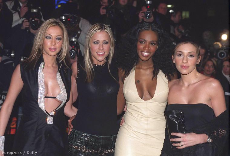 Az együttes 2001-ben feloszlott
