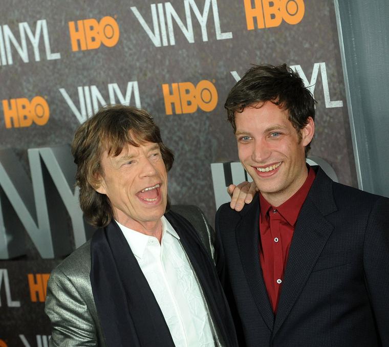 Jagger nem először próbálkozik a színészkedéssel, de az HBO új sorozata, a Bakelit jelentette az igazi áttörést