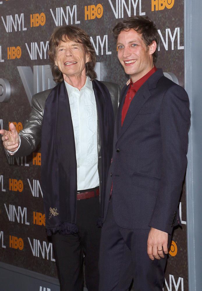 Mick Jaggernek és Jerry Hallnak négy gyereke született, és ahogy James Jagger összes testvérének, úgy neki is nehezen ment a tanulás