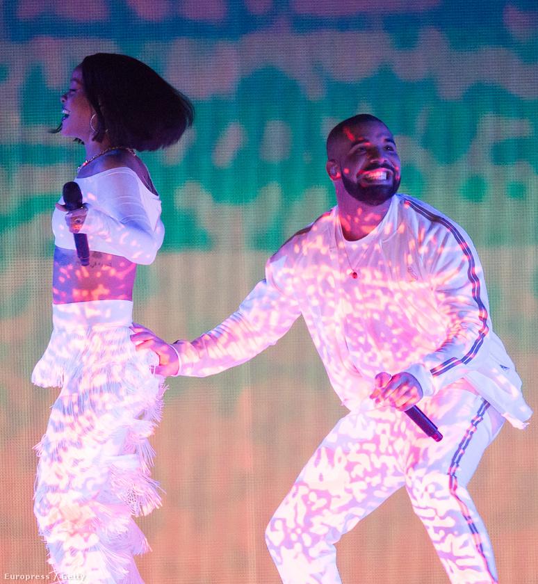 Hát ez mégiscsak Rihanna feneke volt! Mások is beleremegtek már az élménybe, emlékeznek? Ha esetleg mozgóképben is megnézné, akkor itt megteheti, 1:49:20-tól
