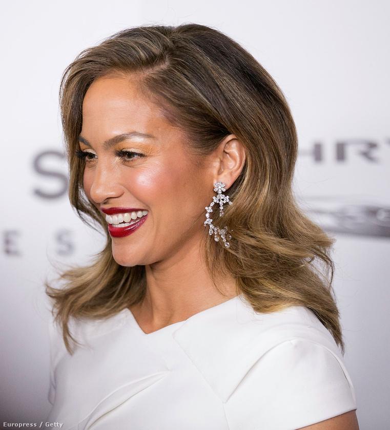 Jennifer Lopez sokszor volt már szép, de idén ennél jobb fotót még nem láttunk róla