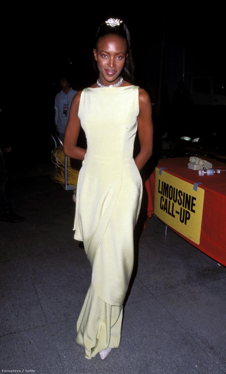 Naomi Campbell szupermodell