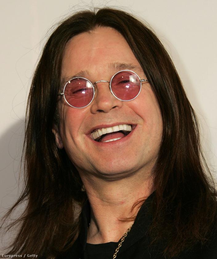 Ozzy Osbourne viszont tökéletes példája annak, mire képes egy jó sebész egy férfi arcával