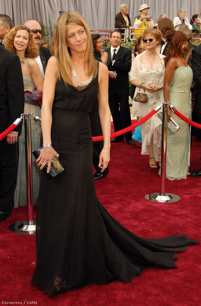 Jennifer Anistonról akár mostanában is készülhetett volna ez a fotó, amelyen 37 éves.