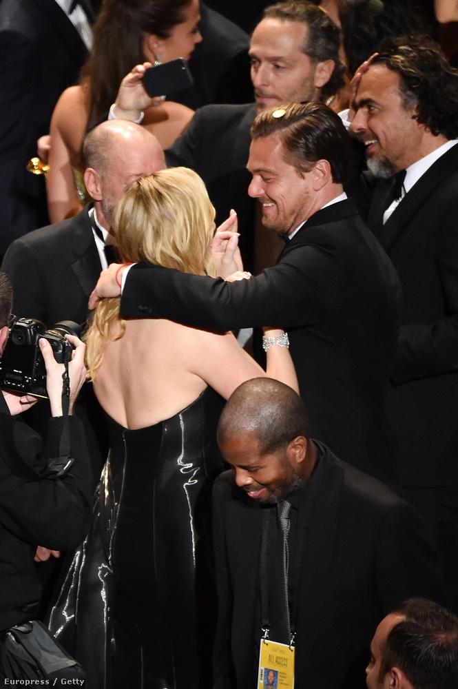 Az idei Oscaron a nemzeti büszkeség (a Saul fia győzelme) mellett egyértelműen Leonardo DiCaprio volt a legfontosabb, és