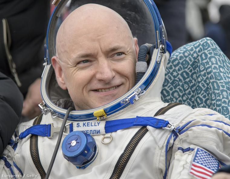 Scott Kelly közel egy évet(340 napot) töltött a Földtől 360 kilométerre a Nemzetközi Űrállomáson