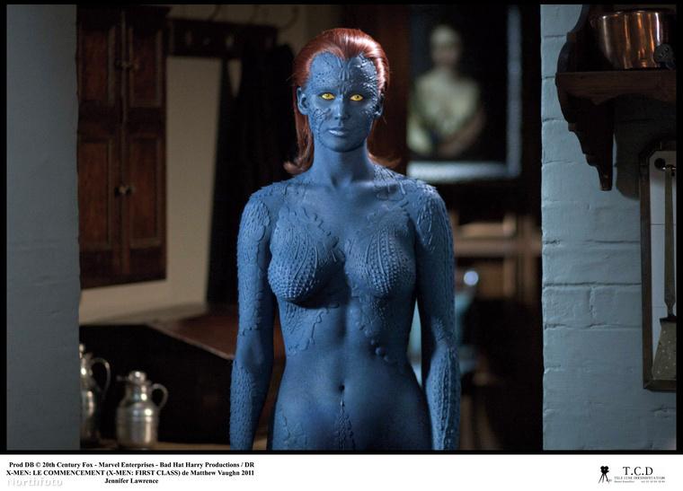 A londoni edző az X-Men: Az elsők szerepére hozta formába Lawrence-et, és azóta is ő tesz azért, hogy a színésznő még a minimális felesleget is leleplező Dior selyemruhákban is úgy nézzen ki, ahogy kinéz