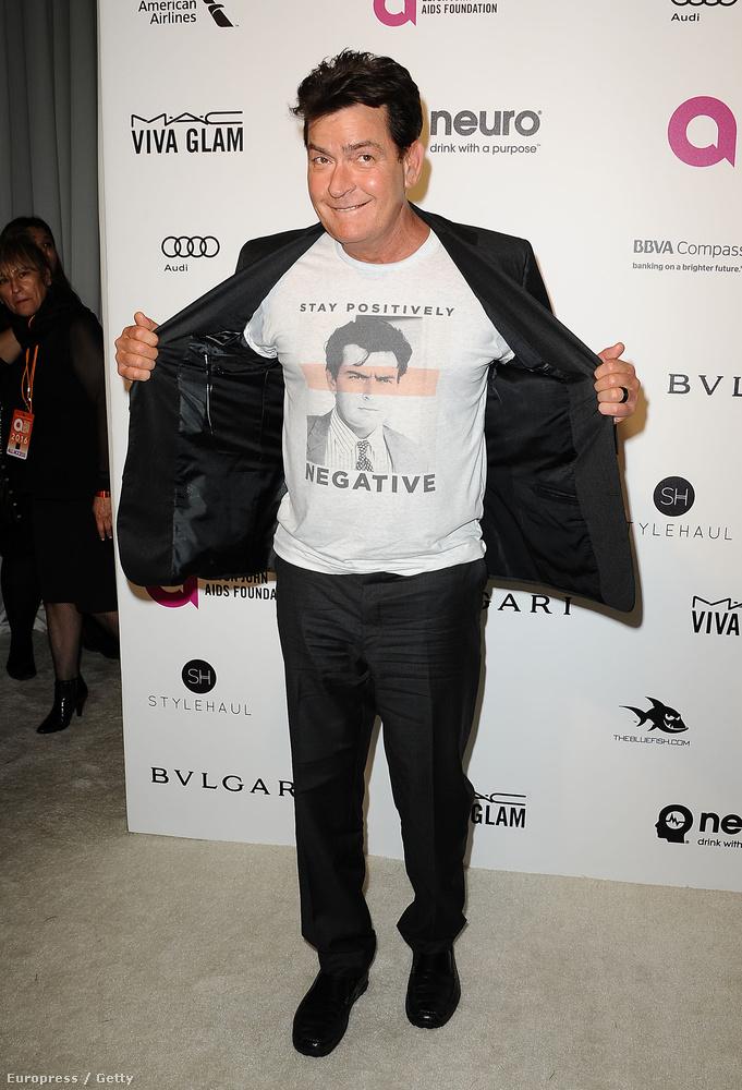 Elton John Oscar-néző buliján Charlie Sheen is részt vett