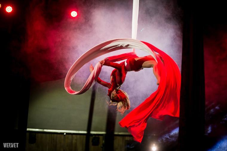 Március 6-án, Budapesten, a Fővárosi Nagycirkuszban tartották meg a Légtorna Világbajnokságot...