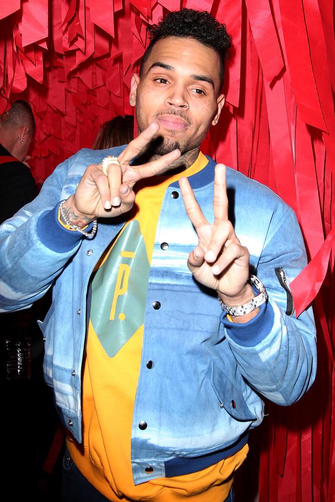 Kifejezetten jó ötlet Chris Brown szettje