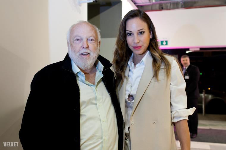 Andy Vajna és Vajna Tímea szerda este a Premier Kultcafe megnyitóján jártak