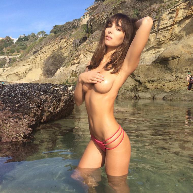 És szerepelt a Playboy 2015ös január számában