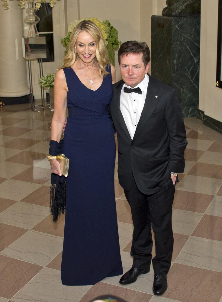 Hogy ne csak Lively kaftánjáról essen szó, tekintsék meg az elnöki vacsora másik fontos szereplőjét, a rég nem látott Michael J