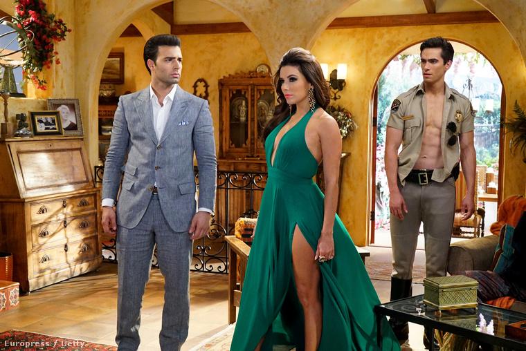 Legújabb sorozatszerepét a Telenovela című NBC showban játssza