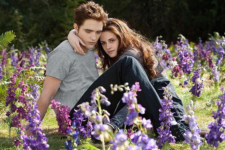 Hol van az már, mikor az Alkonyatban unott fejjel szerette a vámpír fasziját, Robert Pattinsont