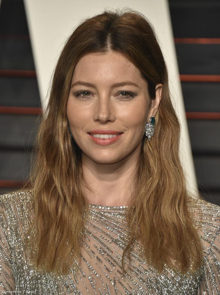 Rengeteg filmben és reklámban láthattuk különleges szépségű arcát.