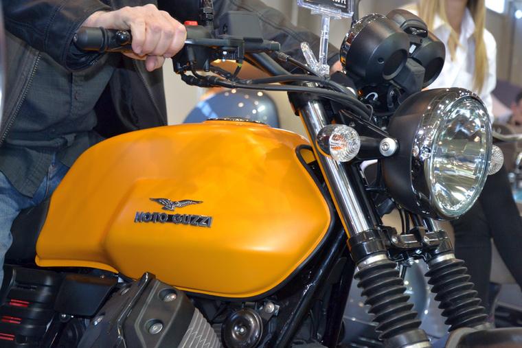 A Moto Guzzi V7 az egyik legszebb naked bike