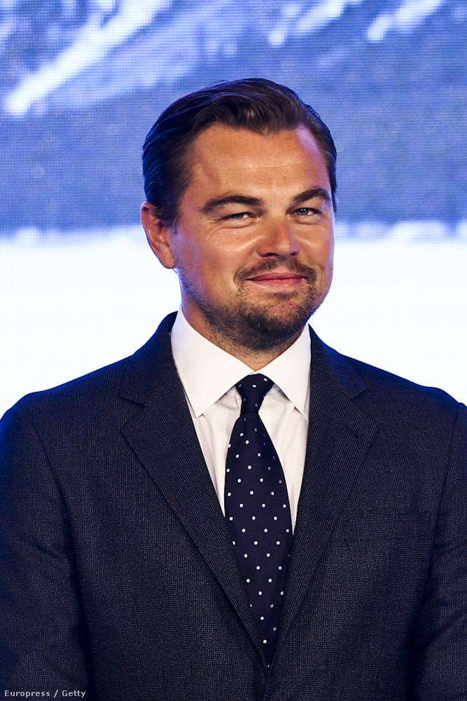 Leonardo DiCaprio vasárnap sem unatkozott: Pekingben járt, hogy A visszatérő című filmjét népszerűsítse.