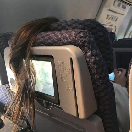 Tudja a lány, hova tegye a haját