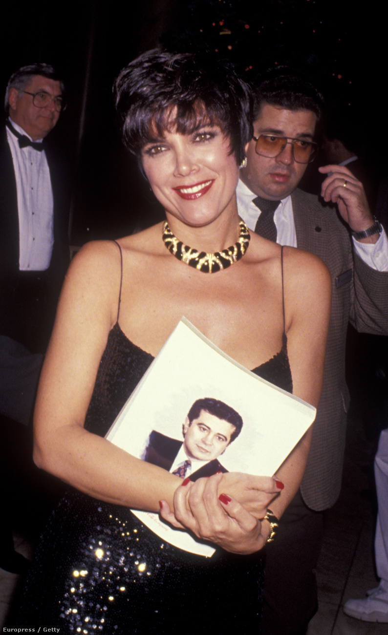 És most egy gyors áttekintés minden Kardashianek és Jennerek anyjáról: Kris Jenner is keresett modell volt a maga idejében
