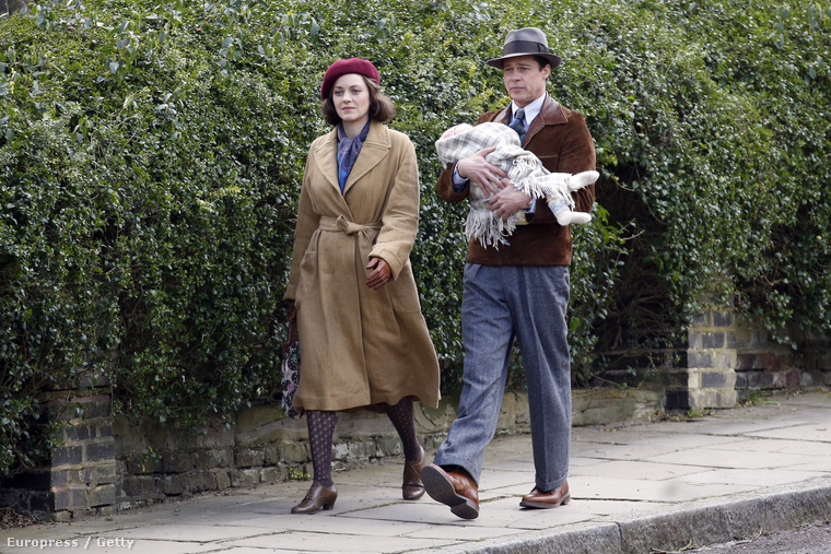 Brad Pitt és Marion Cotillard éppen együtt forgatják filmjüket, Londonban.