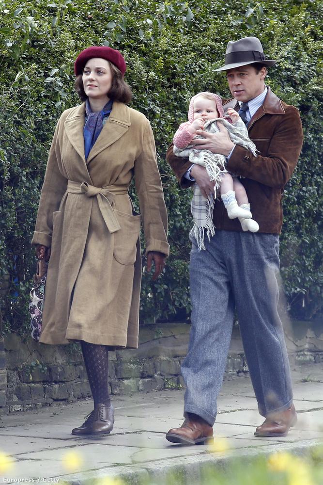 Ha szereti Brad Pittet és a babákat, akkor ez a kép önnek készült