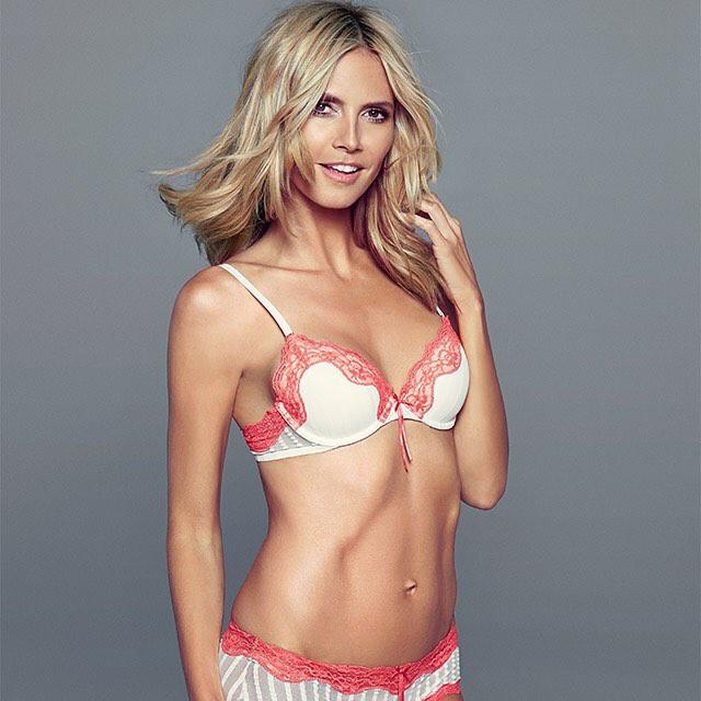 Heidi Klum ugyan visszavonult a Victoria's Secret bemutatóitól, ám a saját fehérneműmárkájának, a Heidi Klum Intimatesnek azért modellkedik