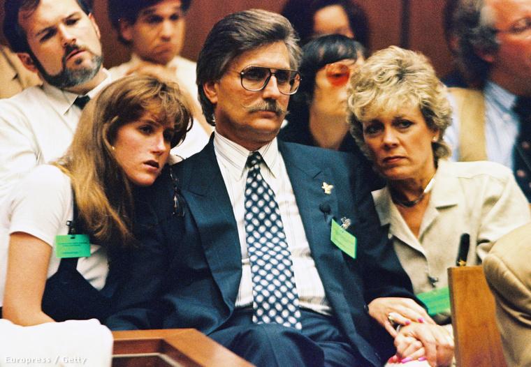 A Nicole Brownnal együtt meggyilkolt Ron Goldman családja
