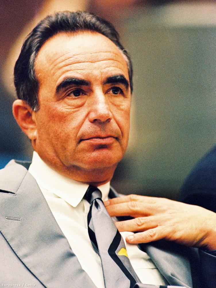 Simpson fő védőügyvédje eleinte Robert Shapiro volt