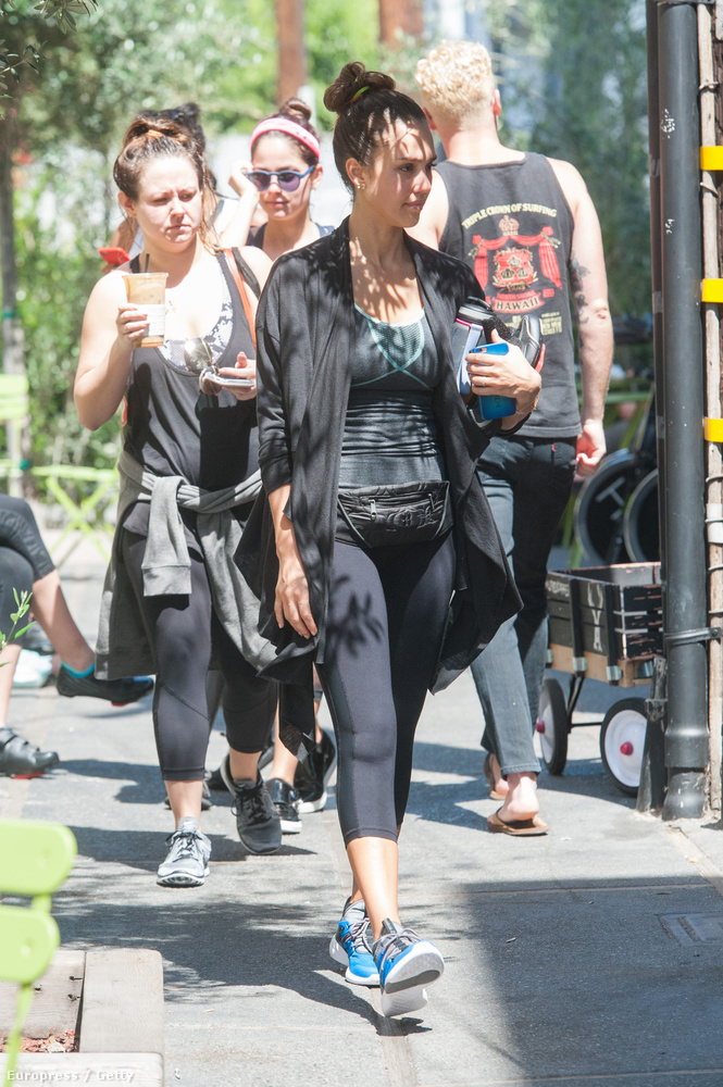 Jessica Alba edzésről jövet.