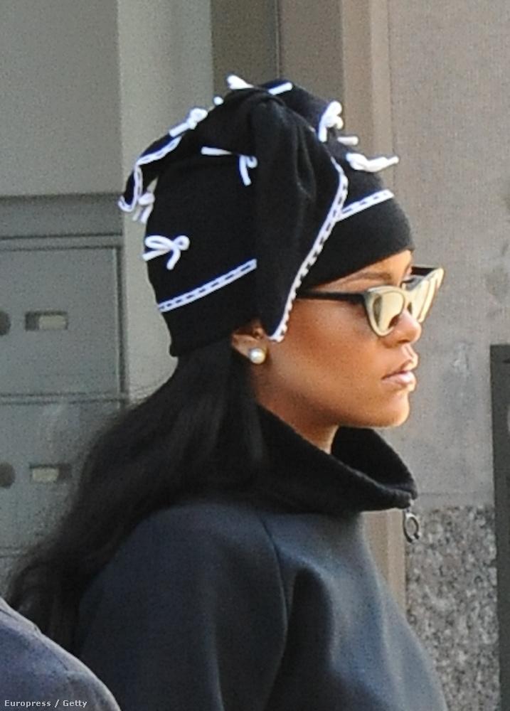 Rihanna szerdán szaloncukornak öltözött