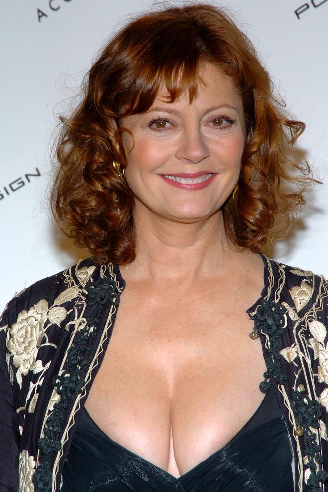 A színésznő legutóbb a 38 éves Jonathan Brickinnel járt, aki végül dobta Picasso 64 éves unokájáért